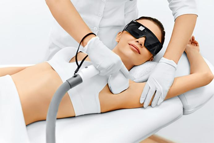 Dauerhafte Haarentfernung mit Dioden Laser